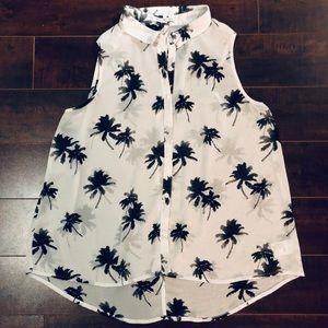 American Eagle Ladies Palm Tree Shirt